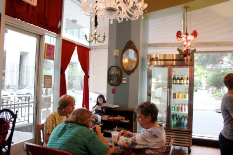 Amelies-petite-french-bakery-uptown-charlotte