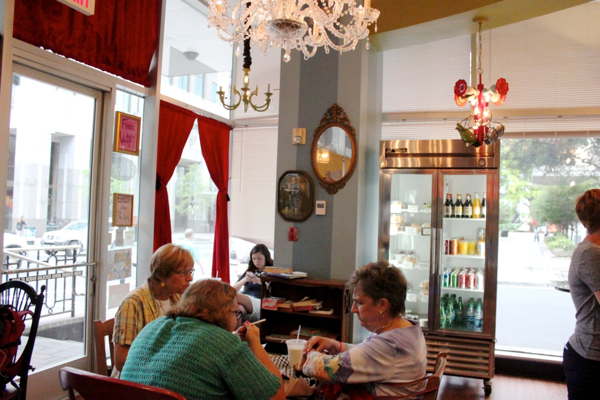 Amelie's Petite French Bakery // uptown #Charlotte